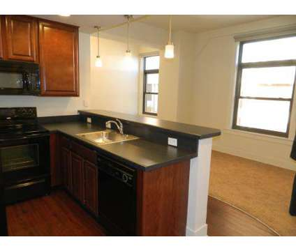2 Beds - The Bank at 206 South 19th St in Omaha NE is a Apartment