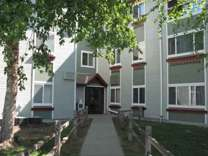 2 Beds - Parkview Apartments