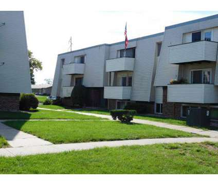 3 Beds - Windsor Woods at 2502-2526 S 114th St in Omaha NE is a Apartment