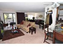 2 Beds - Hillcrest Summit Apartments