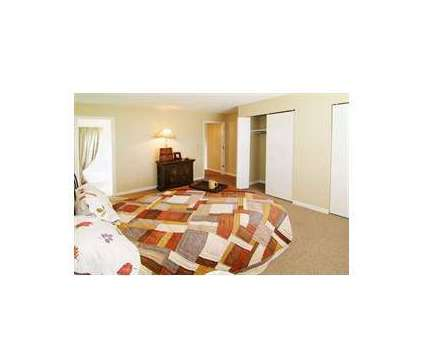 3 Beds - the lodge at 4600 Briarpark Dr in Lincoln NE is a Apartment