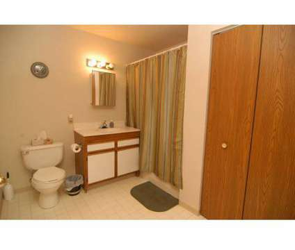 2 Beds - Somerset Apartments at 8341 Karl Ridge Rd in Lincoln NE is a Apartment