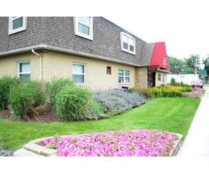 2 Beds - Crestview Apartment Homes at 838 N Elmer St #4 in Griffith IN is a Apartment
