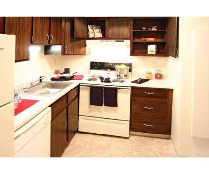 1 Bed - Avalon Woods at 1504 Locust St in Elkhart IN is a Apartment