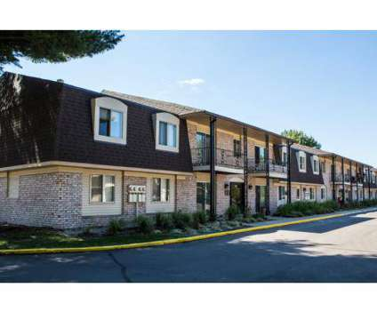 2 Beds - Avalon Woods at 1504 Locust St in Elkhart IN is a Apartment