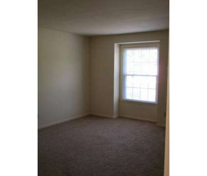 3 Beds - Johns Creek Apartments at 25 1/2 Bainbridge Ave in Hampton VA is a Apartment