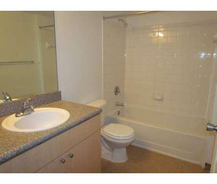 2 Beds - Bonita Pointe at 613 East Palm Dr in Homestead FL is a Apartment