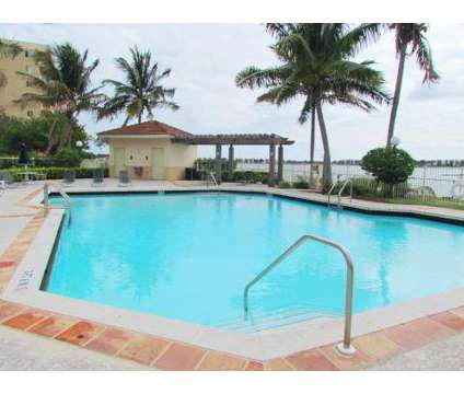 2 Beds - Bridgewater Place at 2800 Nw 44 St in Oakland Park FL is a Apartment