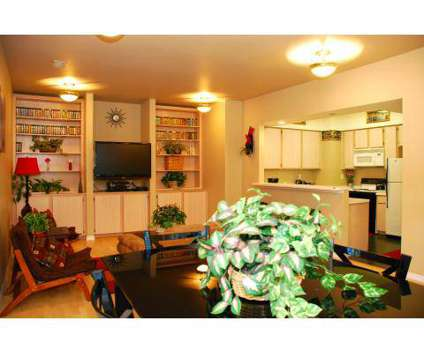 3 Beds - On The Boulevard at 9202 West Gage Blvd in Kennewick WA is a Apartment