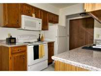 2 Beds - Woodfield Apartments