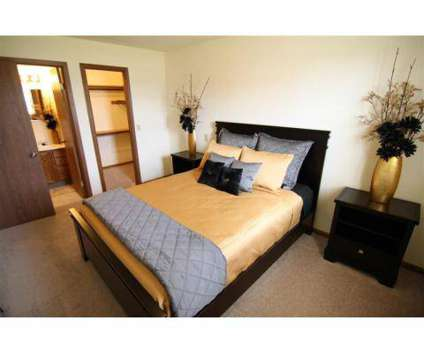 2 Beds - Woodfield Apartments at 6111 Woodfield Dr Se in Grand Rapids MI is a Apartment