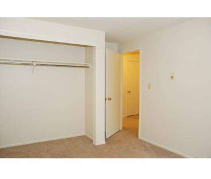 3 Beds - Northridge Court at 1829 W Northridge Ct in Spokane WA is a Apartment
