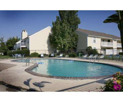 2 Beds - Cedar Crest at 6500 W 91st St in Overland Park KS is a Apartment
