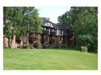 2 Beds - Brookside Apartments