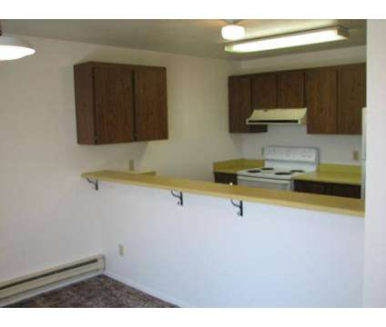 3 Beds - The Falls Apts / Pheasant View TH at 864 Quincy St in Twin Falls ID is a Apartment