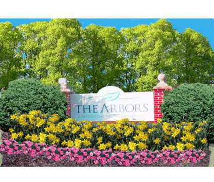 3 Beds - The Arbors at 220 S Lenola Rd in Maple Shade NJ is a Apartment
