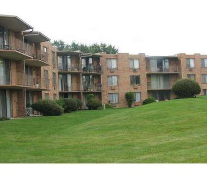 2 Beds - Sherry Apartments at 1821 S Washington St in Naperville IL is a Apartment