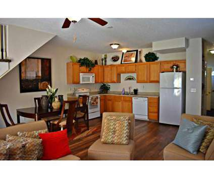 3 Beds - Pinecrest Townhomes at 15303 West 128th St in Olathe KS is a Apartment
