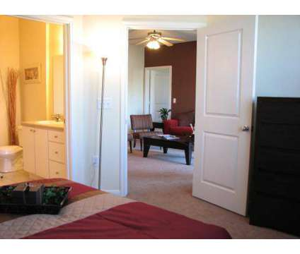 1 Bed - Shadow Creek at 7895 Shadow Creek Dr in Hamilton OH is a Apartment