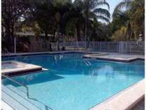 1 Bed - La Vista Oaks Apartments