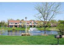 2 Beds - Hampton Lakes Apartments
