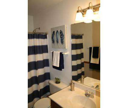 2 Beds - Fairfield Place at 2015 Fairfield Place in O Fallon IL is a Apartment