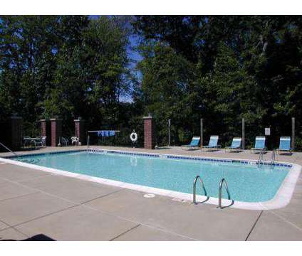 2 Beds - Glenn Valley Apartments at 5255 Glenn Valley Dr in Battle Creek MI is a Apartment
