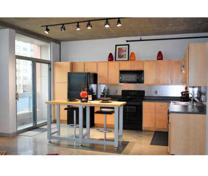 2 Beds - Metrolofts at 4535-4555 Forest Park Avenue in Saint Louis MO is a Apartment