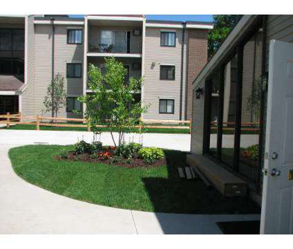 2 Beds - Plymouth Colony at 1805 County Rd 101 N in Plymouth MN is a Apartment