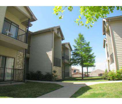 4 Beds - Ridge Parc at 6969 Clarkridge Dr in Dallas TX is a Apartment