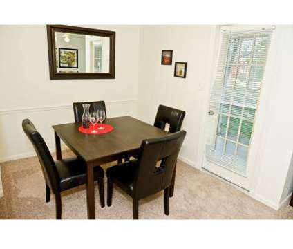 2 Beds - Hunters Point at 1422 Hunters Point Dr in Zionsville IN is a Apartment