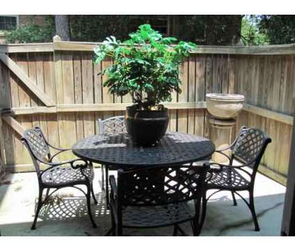 2 Beds - The Colony at 3701 Roxborough Parkway in Charlotte NC is a Apartment