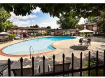 2 Beds - Fountain Parc Apartments & Townhomes