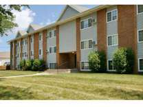 1 Bed - The Pointe at Cedar Rapids