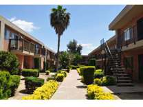 3 Beds - Ashwood Apartments