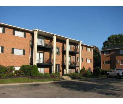 2 Beds - Williamsburg Place at 1221 Jackson Lane in Middletown OH is a Apartment