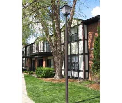 2 Beds - The Devonshire at 8301 Doncaster Way in Louisville KY is a Apartment