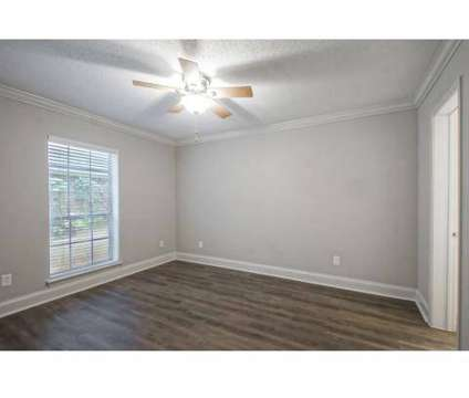 2 Beds - Magnolia Ridge Apartments at 2501 Metairie Lawn Drive in Metairie LA is a Apartment