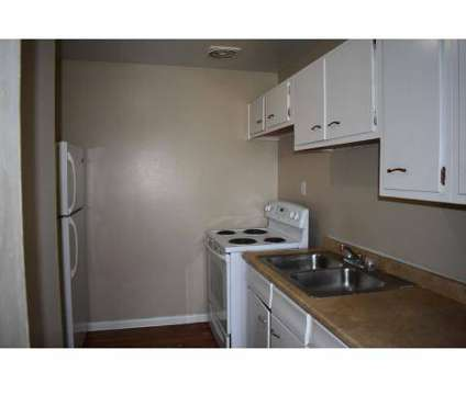 2 Beds - Boubon Court at 1800 Augusta Ct in Lexington KY is a Apartment