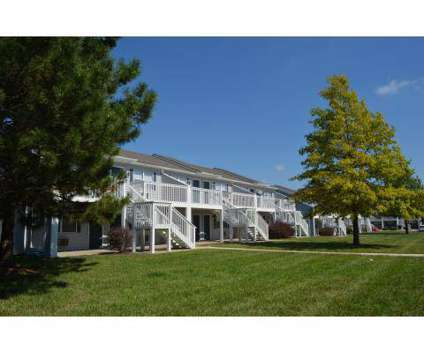 1 Bed - Eagle Ridge Apartments at 530 S Eldridge St in Lawrence KS is a Apartment