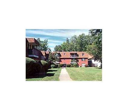 2 Beds - Jamestown Village Apartments at 4809 Columbia Rd in North Olmsted OH is a Apartment