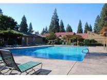 2 Beds - Pine Tree Village Apartments