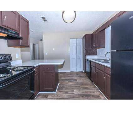3 Beds - Riverchase Landing at 200 River Haven Cir in Hoover AL is a Apartment