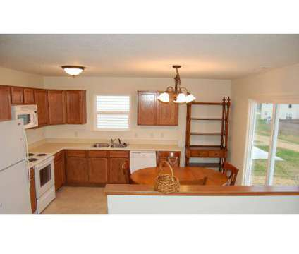 3 Beds - Scheumann Properties at 1230 Ruston Pass Suite B in Fort Wayne IN is a Apartment