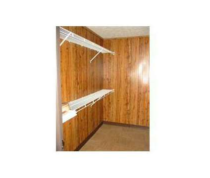 1 Bed - Colonial Village at 715-b Meadow Wood Dr in Crescent Springs KY is a Apartment