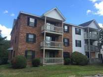 2 Beds - Country Brook Apartments