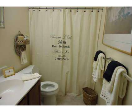 2 Beds - Country Brook Apartments at 68 Hemingway Drive #5 in Rochester NH is a Apartment