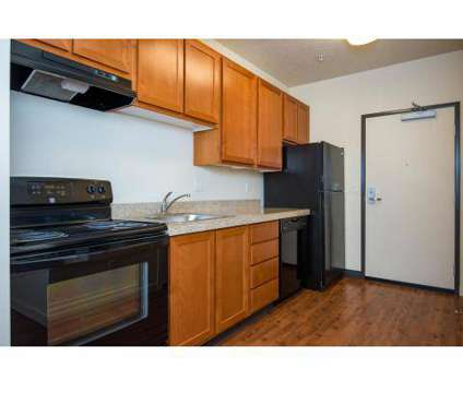 Studio - 20 Pettygrove at 1976 Nw Pettygrove St in Portland OR is a Apartment