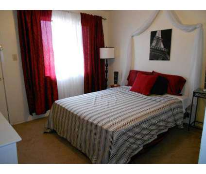 2 Beds - Spain Townhomes at 5009-c El Corte Miramar Ne in Albuquerque NM is a Apartment