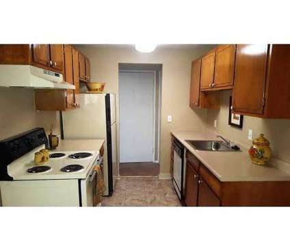 2 Beds - Kerrybrook Apartments at 1837 South Racoon Rd in Austintown OH is a Apartment